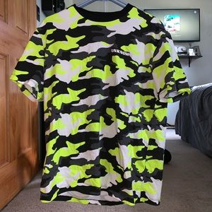 'Unknown' neon camouflage oversized t-shirt